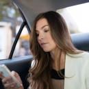 Uber Fahrdienst App Pressefoto Frau