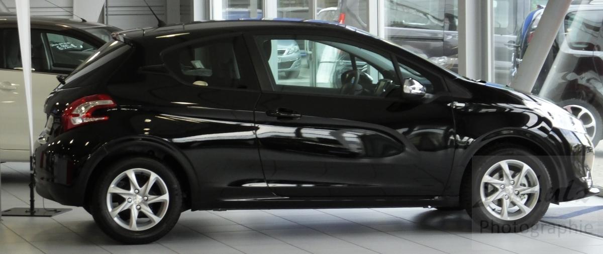 Peugeot 208 PureTech82